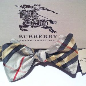 🔥🆕💯Burberry Limited 50th Anniversary Bow tie🔥
